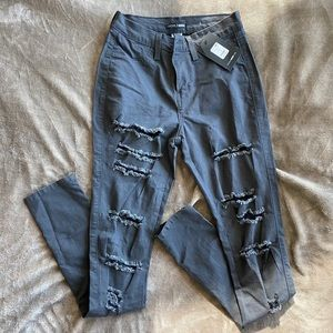 FASHIONNOVA Distressed Jeans